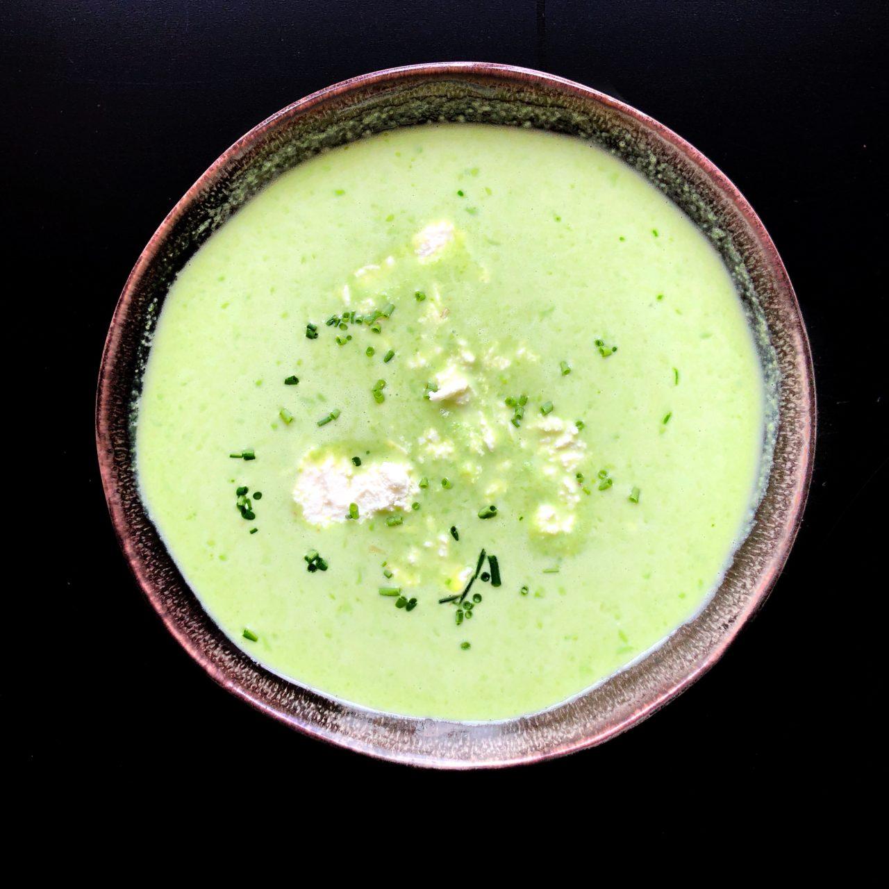 Крем-суп из зеленого горошка со вкусом бекона