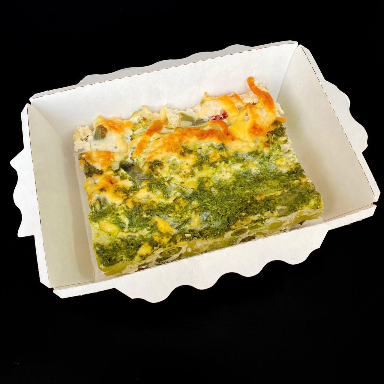 Террин из курицы с сыром, шпинатом и овощами